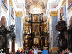 Reiseblog - Heilige Linde - Altar