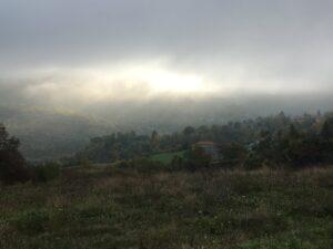 Wolken über Tal