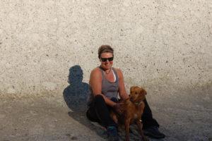 Eva und Theo, ihr Hund