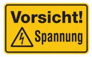 Schild: Vorsicht Hochspannung